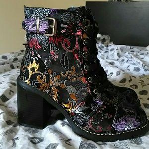 Diba black filigree buckle strap boots